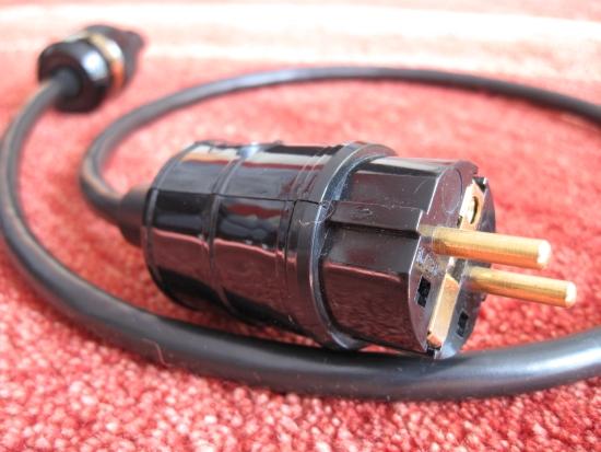 hifi tuning schuko en Belden 550pix IMG_0900
