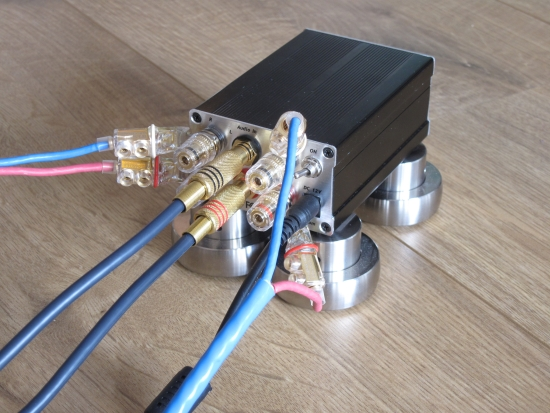 digital-amps-compared_img_6234_550pix