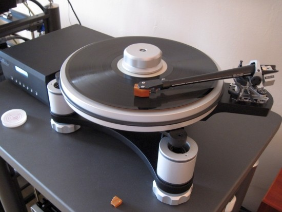 Turntables-compared-550pix IMG_3218