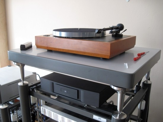 Turntables-compared-550pix IMG_4185