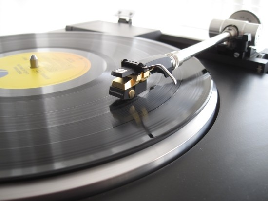 Turntables-compared-550pix IMG_5098