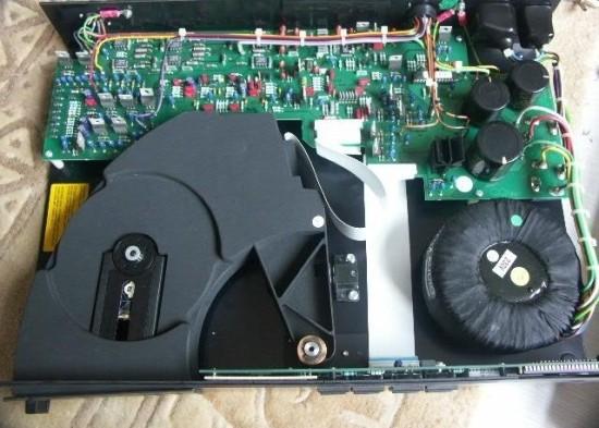 naim cdx inside 640pix