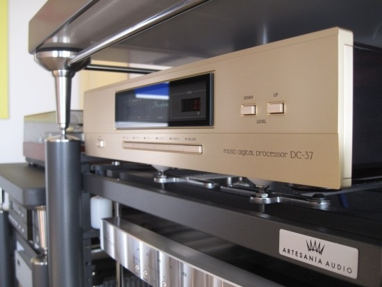 Accuphase DC37 IMG_6104