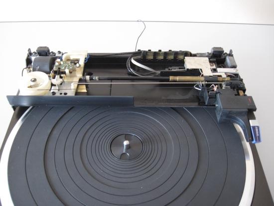 Technics-linear-tracking-tt-550pix IMG_2915