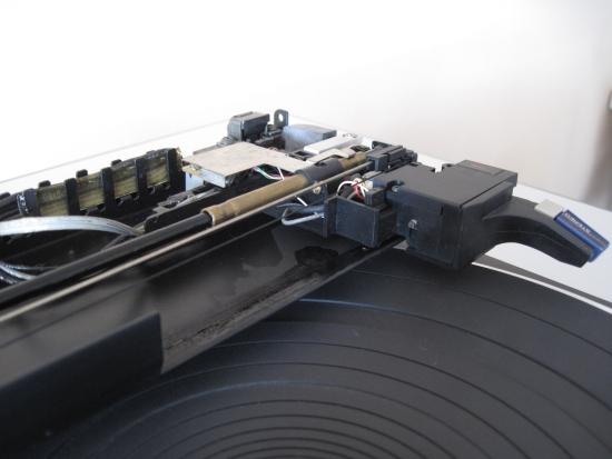 Technics-linear-tracking-tt-550pix IMG_2923