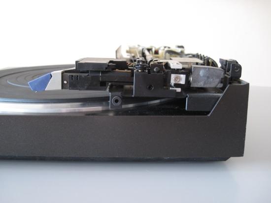 Technics-linear-tracking-tt-550pix IMG_2924