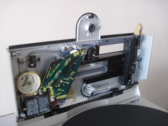 Technics-linear-tracking-tt-550pix IMG_3055