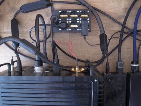 biwire-or-single-wire_550pix IMG_1618