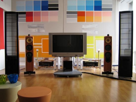 audio_setup_the_beginning_550pix hele set logans 804s en tv laatste 2