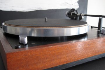 Wooden Bull Turntable Mat