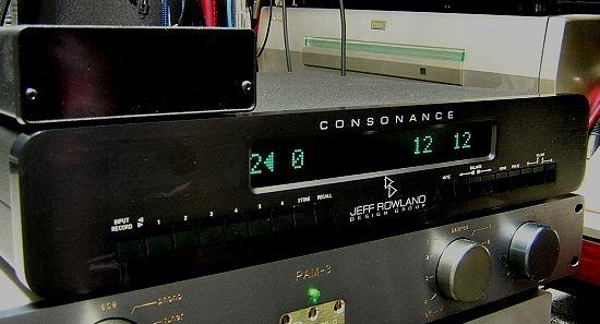 jeff-rowland-consonance-black_550pix