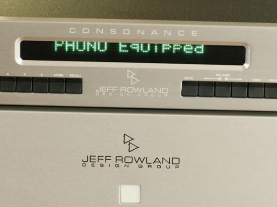 rowland-consonance-en-model-1-close-display_550pix
