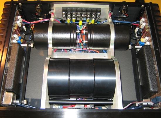 jeff-rowland-m2-inside-new-img_7509_550pix