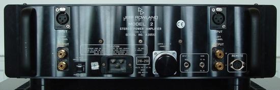 rowland-model-2-zwart-rear_550pix