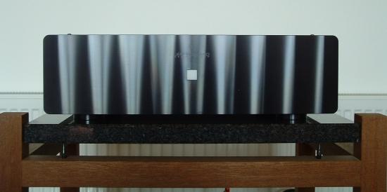 rowland-model-2-zwart_550pix