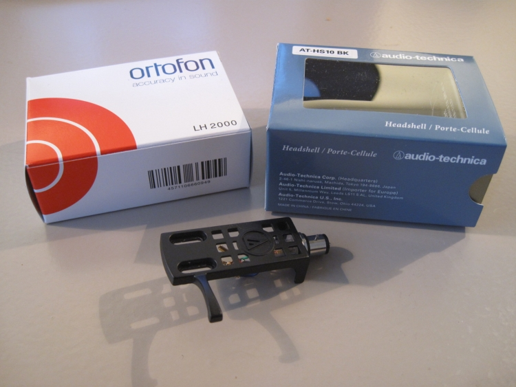 Audio Technica AT-HS10 and Ortofon LH 2000 Turntable