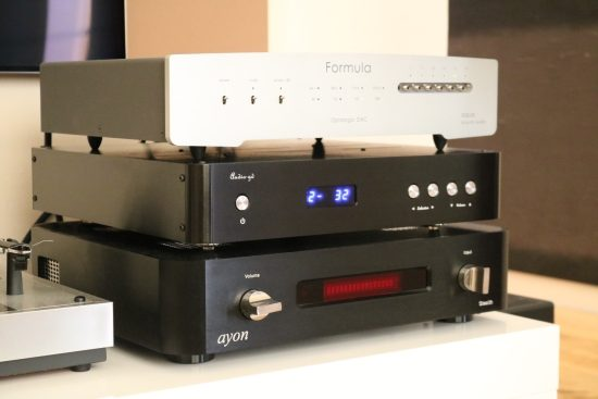 Audio GD R8 DAC, Master 1 preamp, Master 3 power amp, and