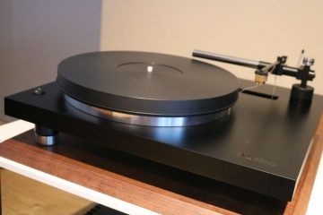 Holbo Airbearing Turntable and Acoustical Systems Aiwon and Palladian MC cartridges